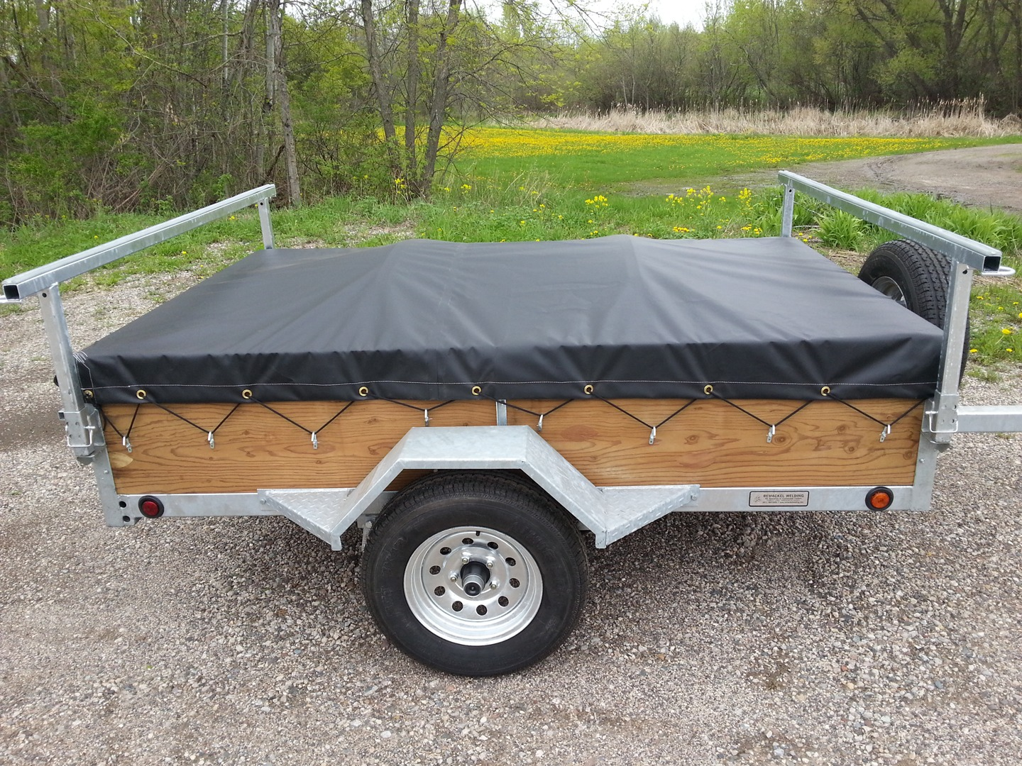 how to build a canoe trailer